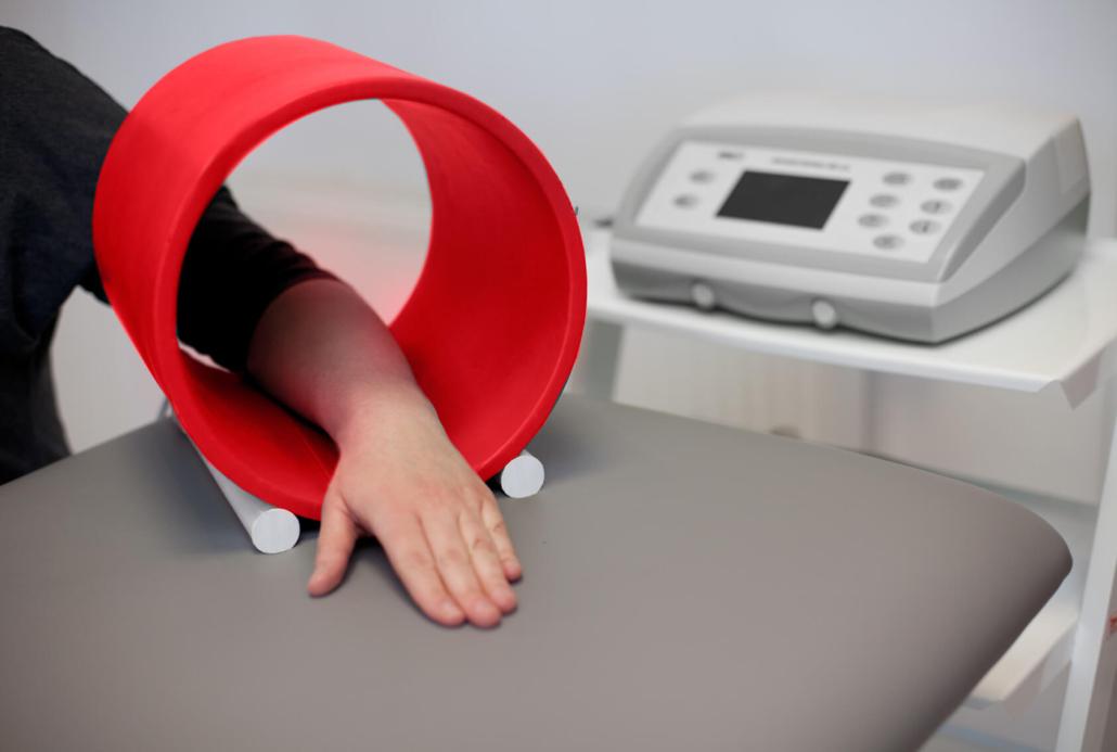 Leczenie złamanego nadgarstka polem magnetycznym
